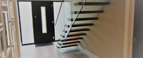 Freestanding Glass Balustrade Cantilevered stairs