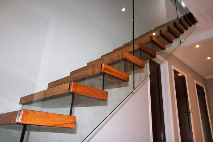 Cantilevered stairs JEA, timber treads